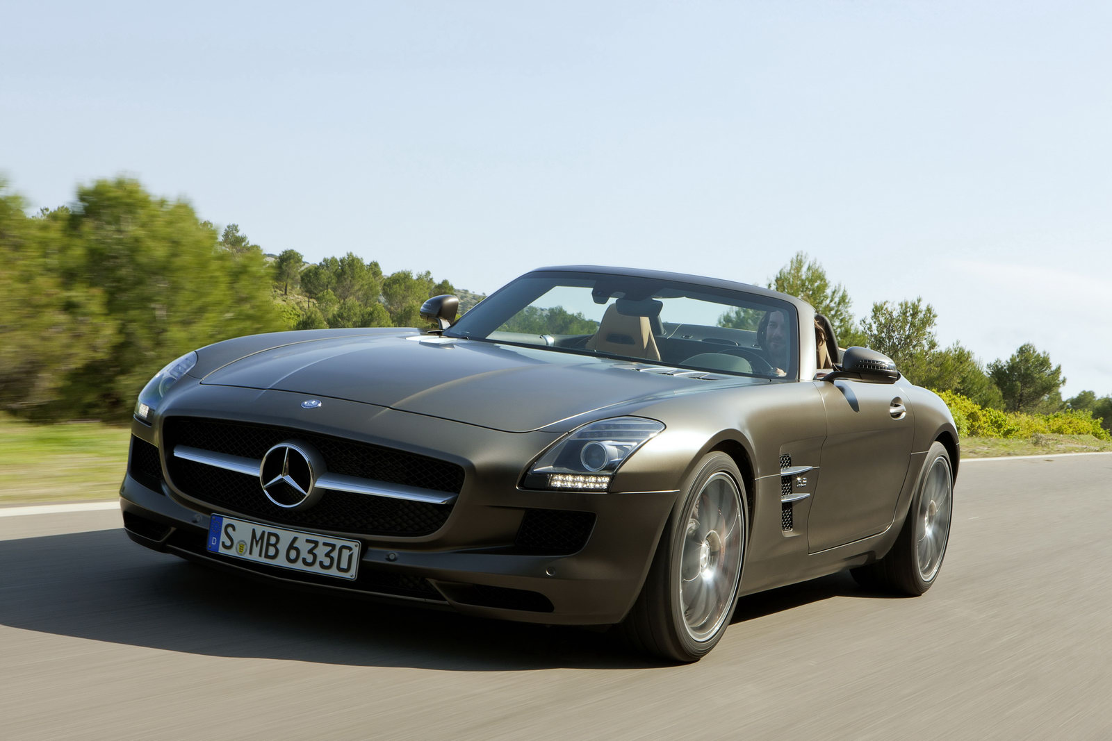 2012 mercedes benz sls amg roadster revealed blankmode for 2012 mercedes benz sls amg