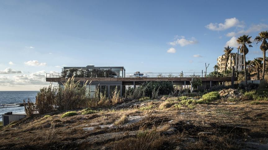 Amchit-residence-blankpage-architects-10