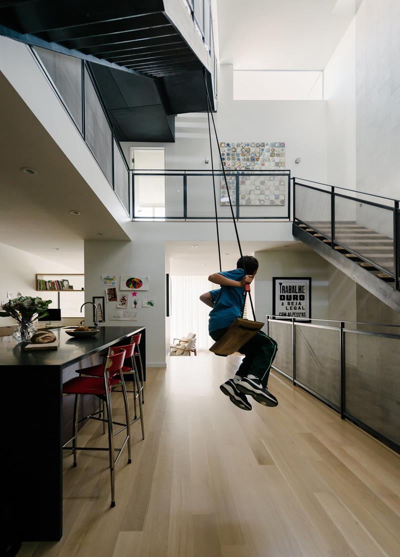 contemporary-home_021115_07