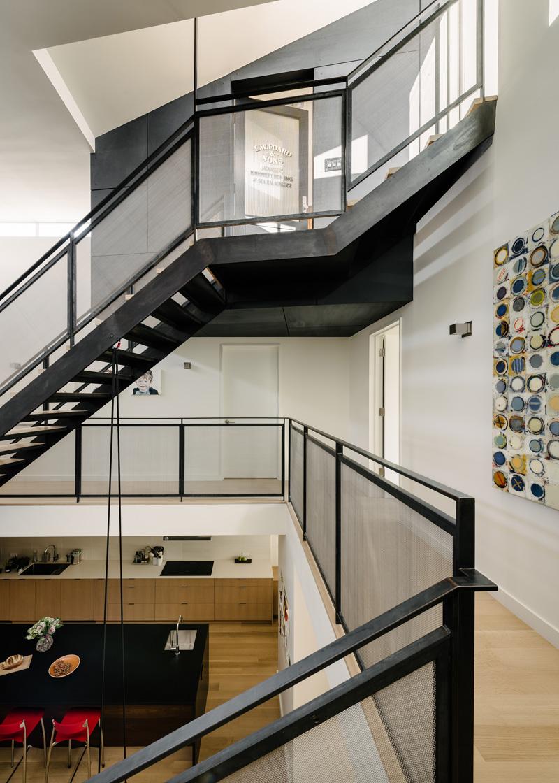 contemporary-home_021115_09