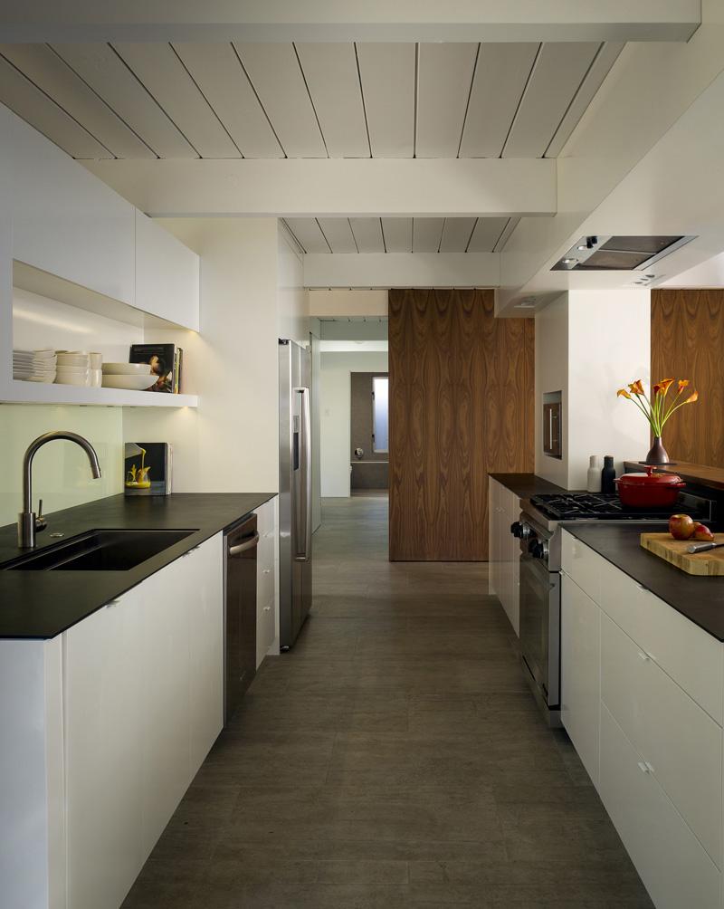 contemporary_home_290415_19