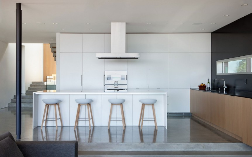 Kitchen-white-and-bits-of-wood